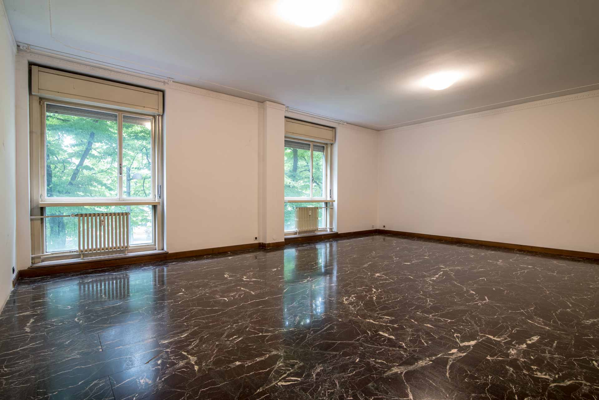 L Occhio Immobiliare Padova vendita ufficio padova pd-02. da ristrutturare, garage no