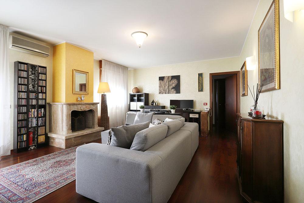 Vendita Appartamento Padova PD-16. Ristrutturato, Garage singolo, Riscaldamento Autonomo, Poggiolo, 87 mq.