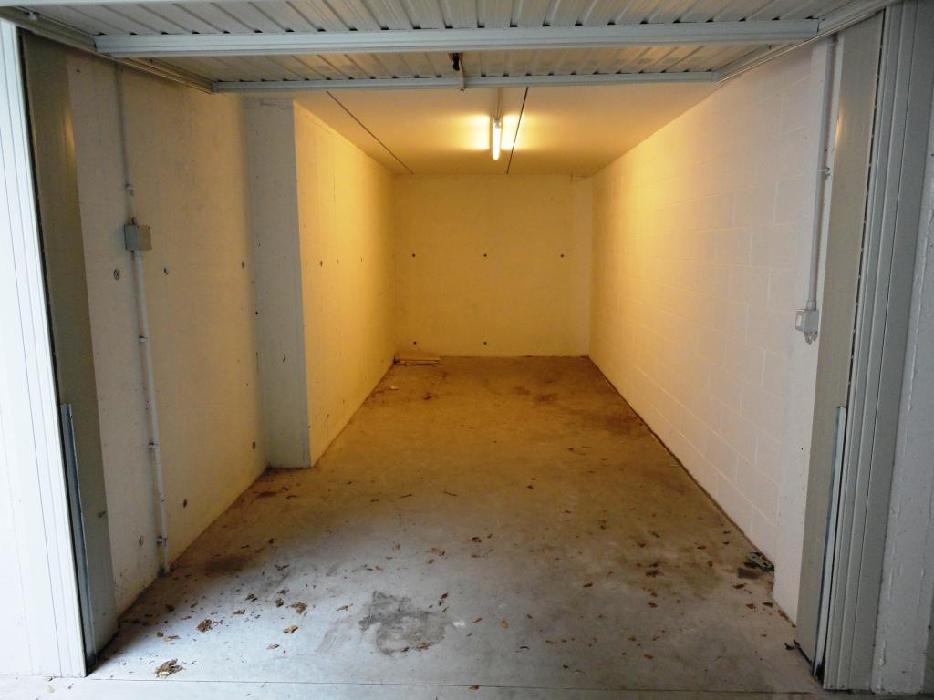 Vendita Garage/posto auto Noventa padovana NOV-01. Abitabile/Buono, 20 mq.