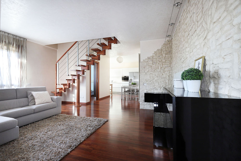 Vendita Appartamento Rubano RUB-02. Abitabile/Buono, Garage singolo, Riscaldamento Autonomo, Poggiolo, 113 mq.